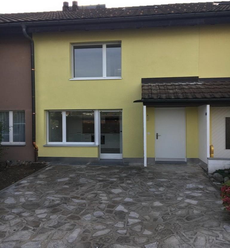 5.5 Zimmer Reiheneinfamilienhaus In Berikon