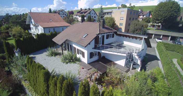 Erschwingliches Traumhaus in Schleitheim